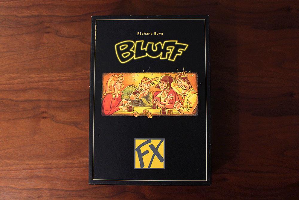 ボードゲーム「BLUFF」の箱表面