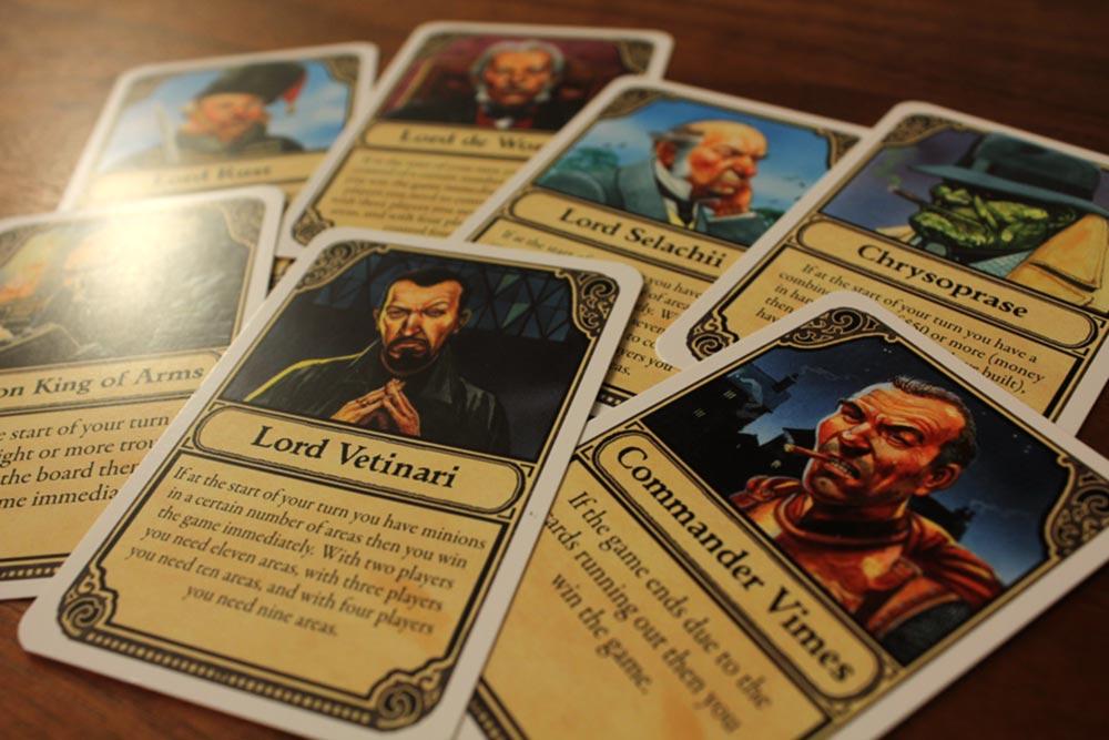 ボードゲーム『ディスクワールド: アンク・モルポーク』の7枚の役割カード
