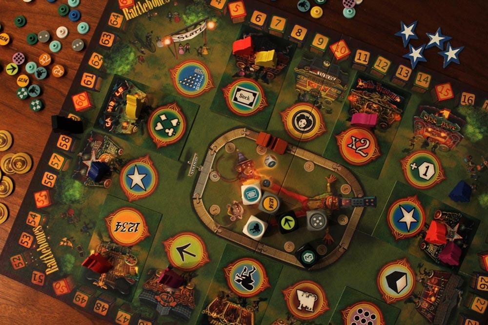 ボードゲーム「ラットルボーン」のプレイ風景