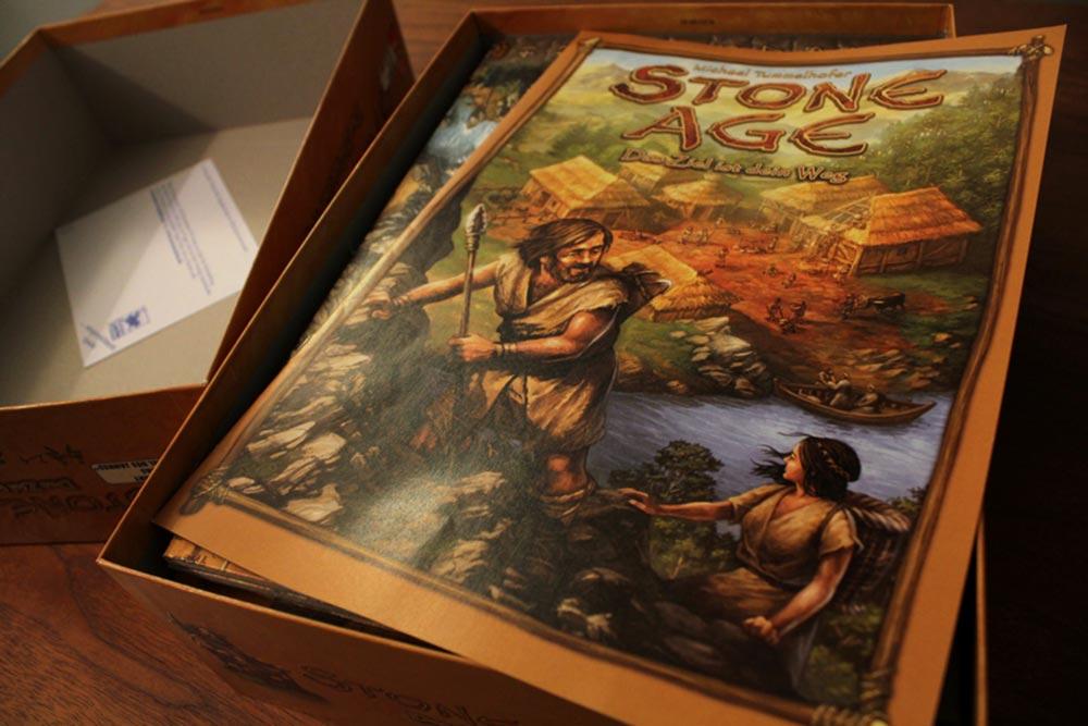 ボードゲーム「ストーンエイジ」の箱開封