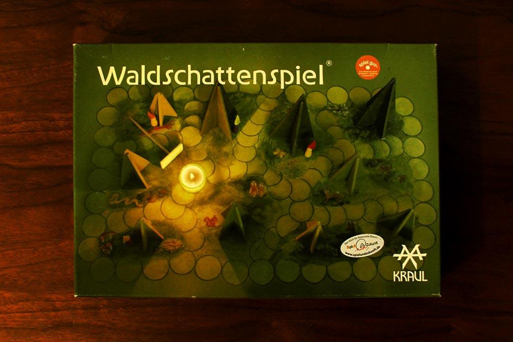 ボードゲーム「Waldschattenspiel」の箱表面