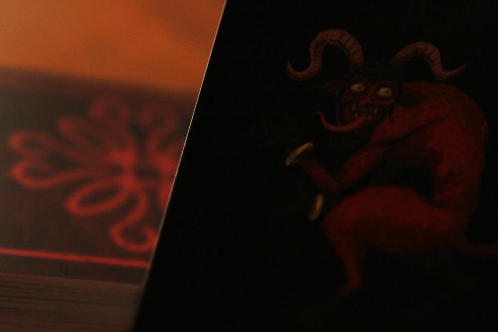 ボードゲーム「アンバー」の赤い悪魔