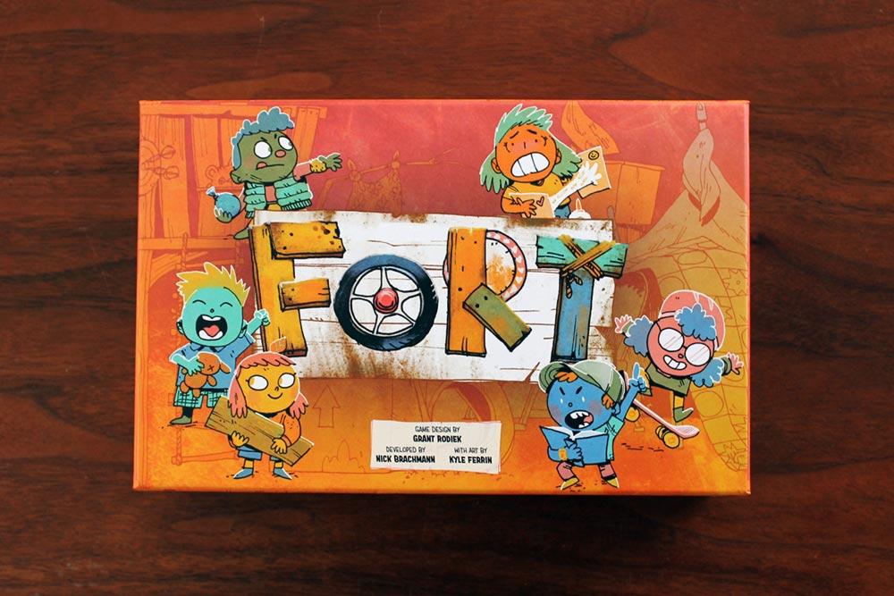 ボードゲーム「FORT」の箱表面