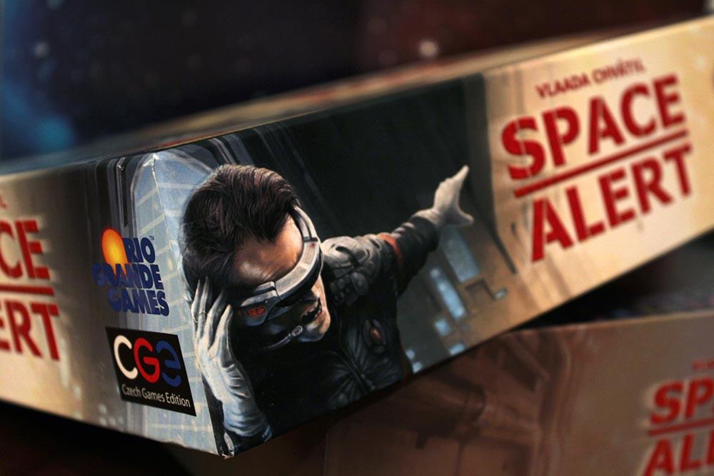 ボードゲーム「SPACE ALERT」の箱側面