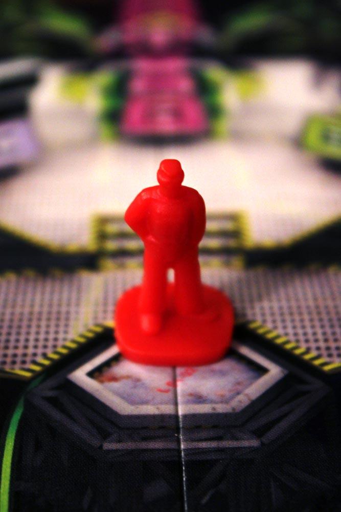 ボードゲーム「SPACE ALERT」のプレイヤー駒(レッド)
