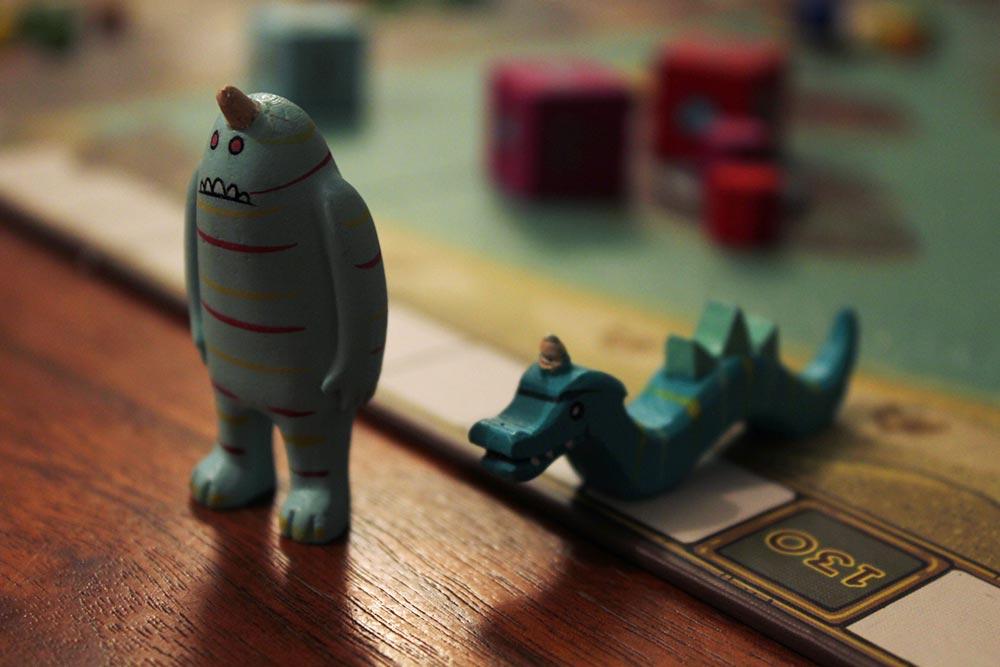 ボードゲーム「フューダム」の怪物駒