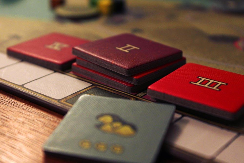 ボードゲーム「フューダム」のタイル
